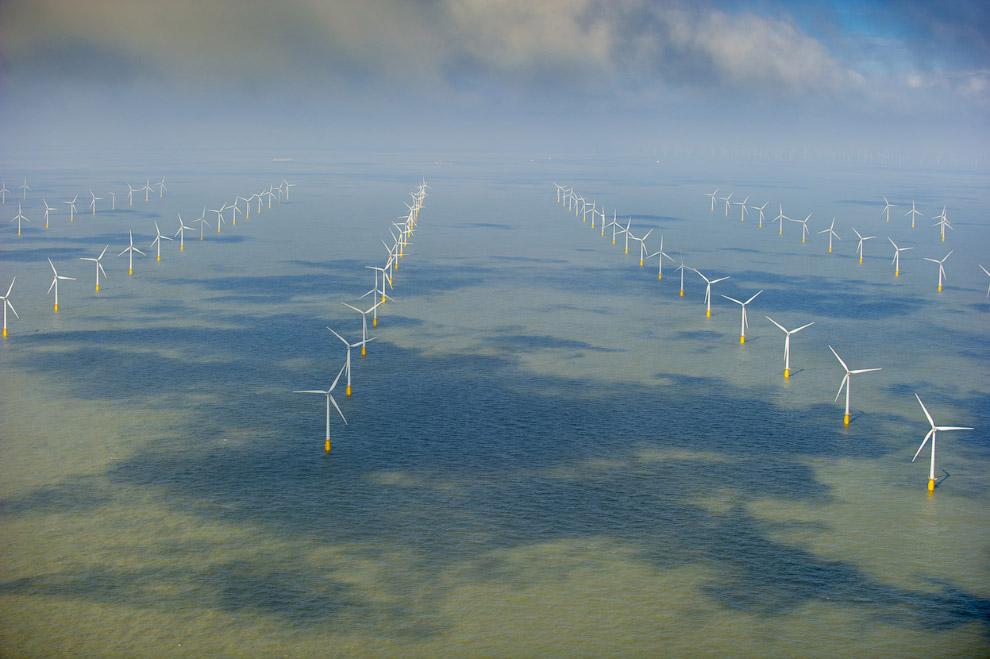 Ветряки в Северном море у берегов Кента